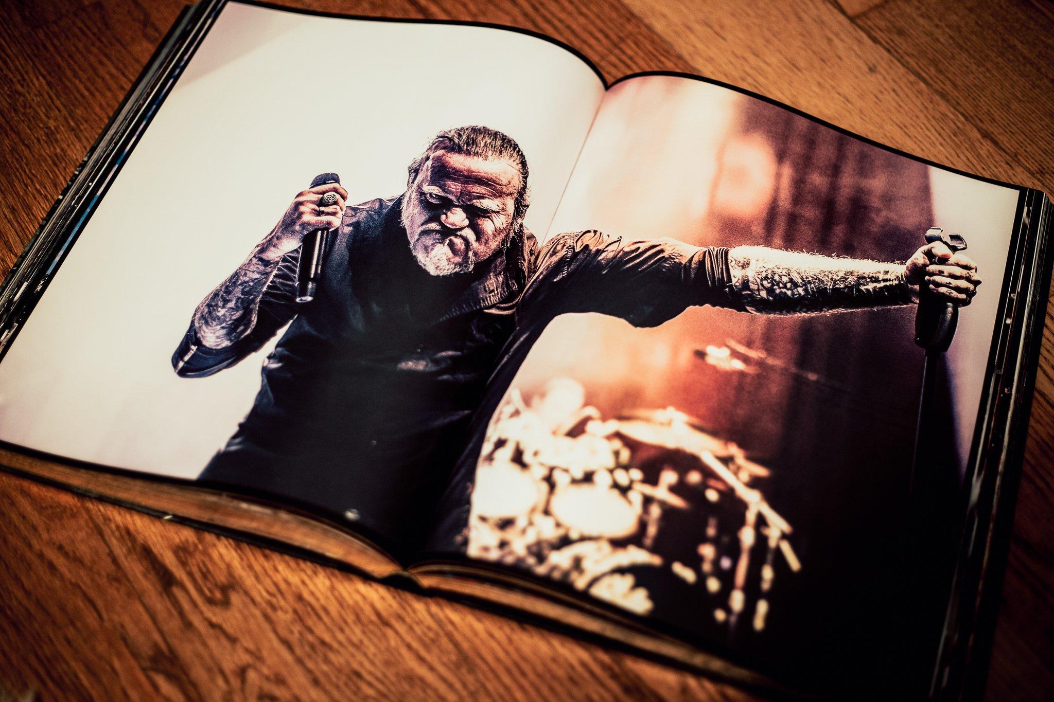 Böhse Onkelz, Bildband, Kevin Russel